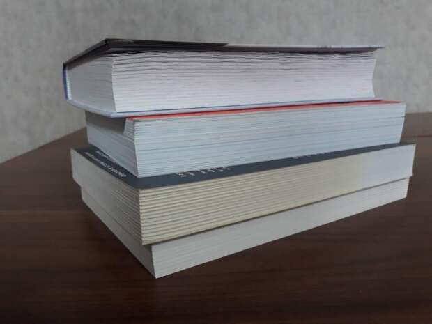Около 200 экземпляров книг получила сельская библиотека в Тайшетском районе