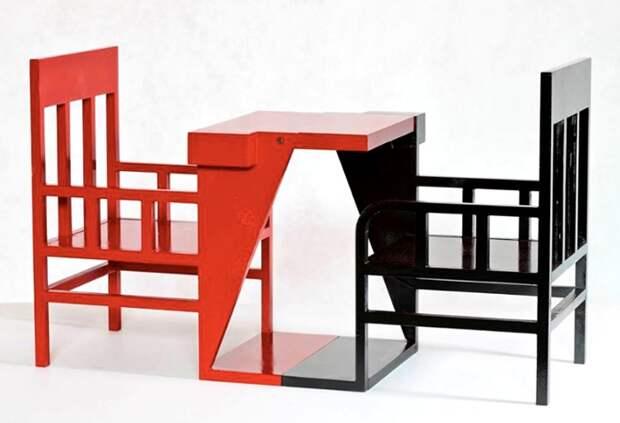 Шахматный стол, выполненный в рамках проекта. /Фото: design-mate.ru