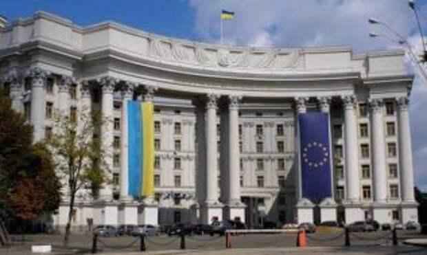 """Украина запустила инфоатаку """"Несокрушимые"""" против РФ"""