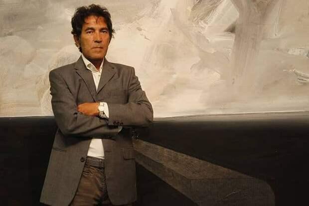 Итальянский художник продал невидимую скульптуру за 1,3 млн рублей