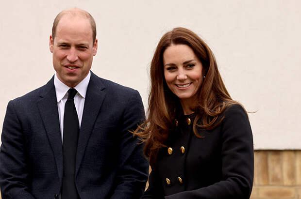 Кейт Миддлтон и принц Уильям впервые после похорон принца Филиппа появились на публике