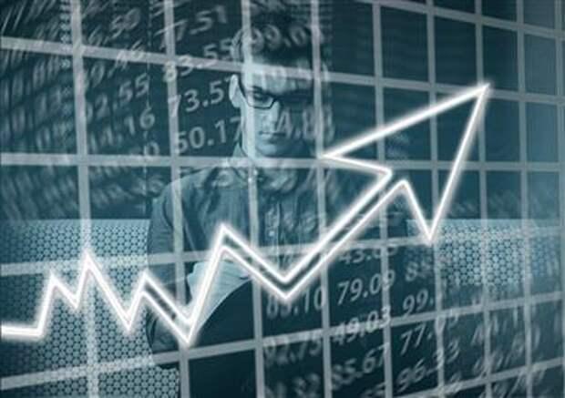 Рост клиентской базы брокеров в России во 2 квартале замедлился до 17%