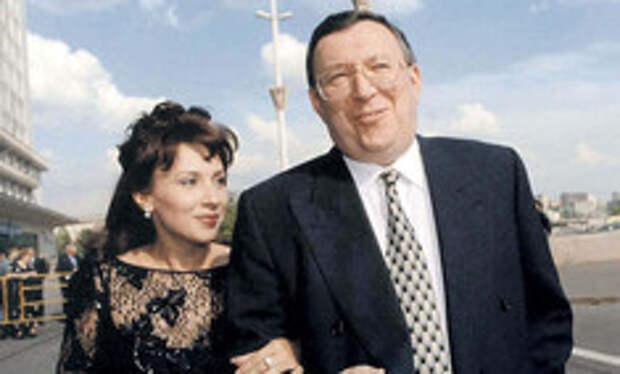 «Жалкое животное»: жена миллионера Гусинского разбила ему бутылкой голову и сломала челюсть