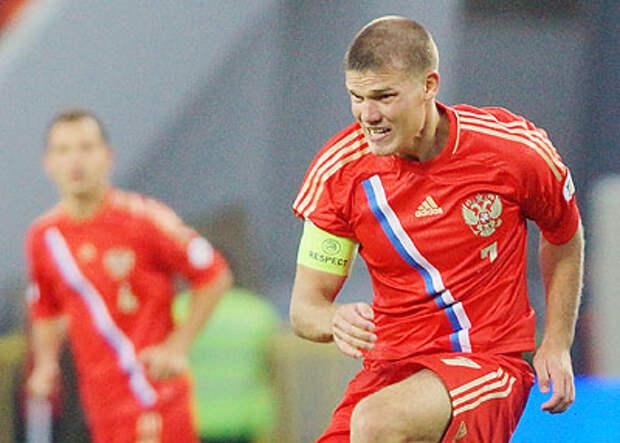 «После отказа Денисова ехать на Евро – 2008 сказал, что таких дураков, как он, еще не видел. Сейчас если Дзюба будет в форме, то и выход в полуфинал возможен», - Радимов