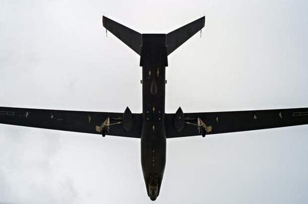 Военный стратегический беспилотник США пролетел в 40 километрах от Горловки в Донбассе