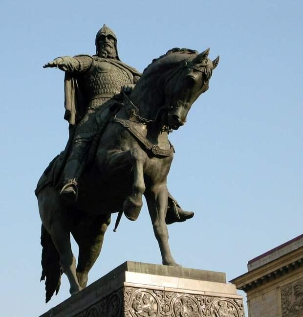 Страницы истории: о происхождении прозвищ известных монархов