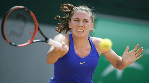 Александрова вышла в четвертьфинал турнира в Штутгарте, где сыграет с Халеп