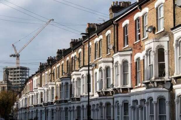 Британские банки исключили новые дома из программы льготной ипотеки