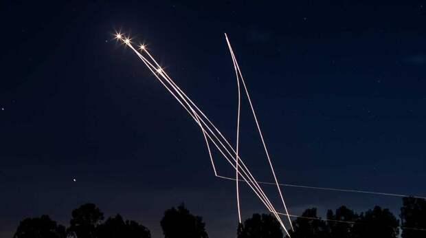 """Почему """"Железный купол"""" Израиля пропускает ракеты: эксперт дал ответ"""
