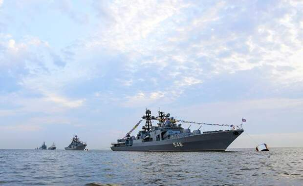 ВМФ РФ и ВМС НОАК в Сангарском проливе напомнили США про Перл-Харбор.