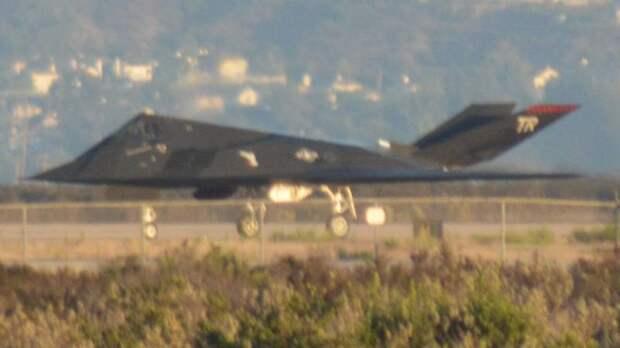 Возвращение «Хромого гоблина»: почему F-117 продолжают полёты