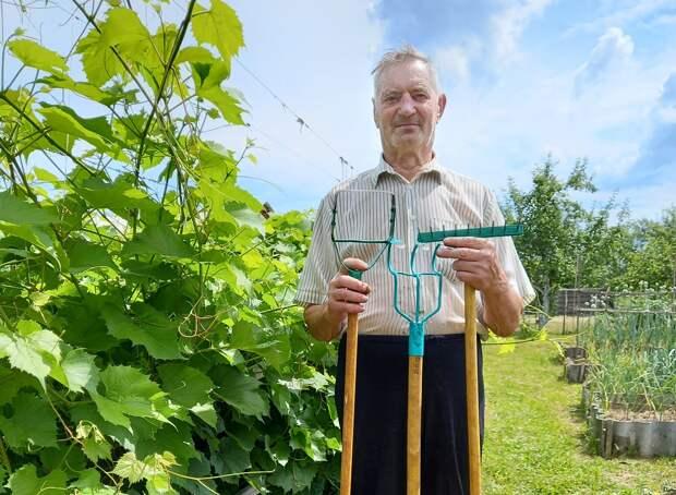 Огородный Кулибин: житель Чкаловского округа изобретает для своего участка полезные приспособления