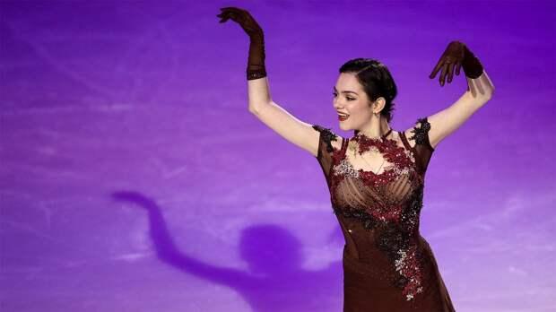 Медведева чисто исполнила 2 тройных сальхова на шоу Тутберидзе в Санкт-Петербурге