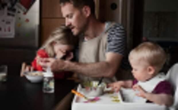 ЕСПЧ защитил право мужчин-полицейских на отпуск по уходу за ребёнком