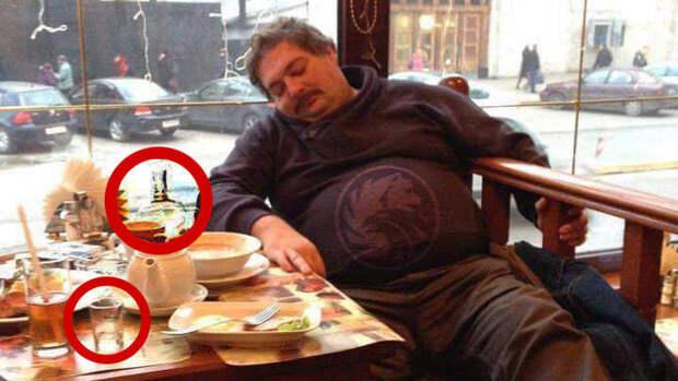 Мне кто-нибудь может сказать, на каком заводе трудится этот не ленивый человек ???