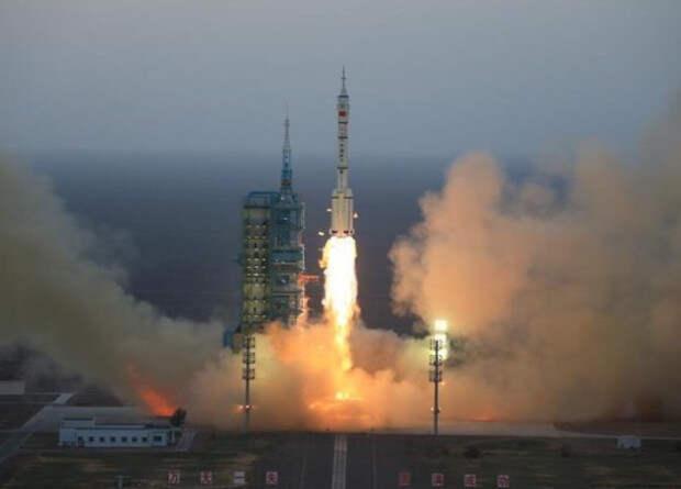 Китайцы запустили возвращаемый экспериментальный космический аппарат