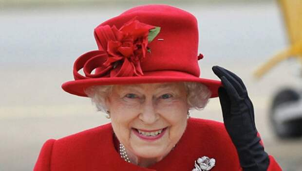 Почему королева Великобритании сравнила Трампа с вертолётом?
