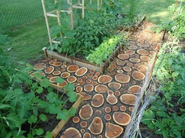 Как сделать деревянную садовую дорожку