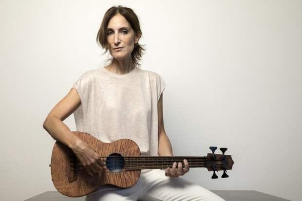De las Cenizas el Fénix: María Eva Habla sobre Renovación, Marihuana y su Nuevo Disco