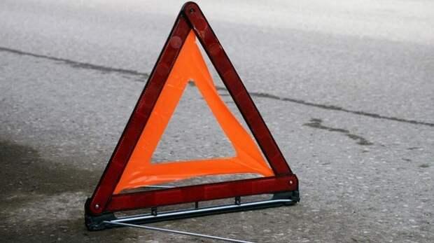 В Крыму мотоциклист съехал с дороги и опрокинулся в кювет