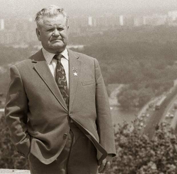 Василий Зайцев в послевоенные годы