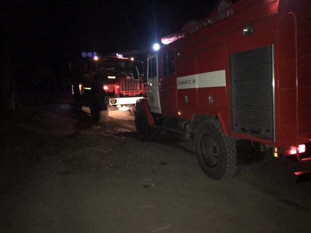 Заброшенное строение и гараж горели в Тайшете в выходные