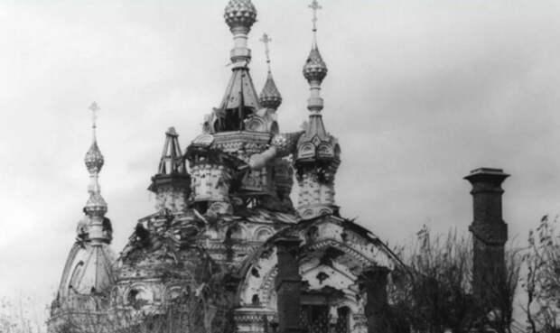 Еще один разрушенный храм.