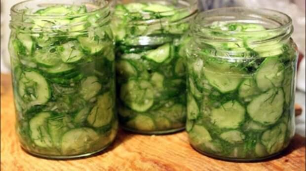 Рецепт потрясающего салата из огурцов на зиму с приправой «10 овощей»