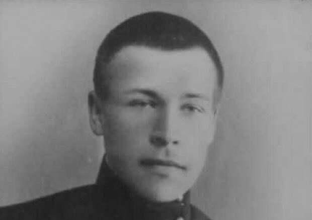 Какие белогвардейцы стали советскими маршалами