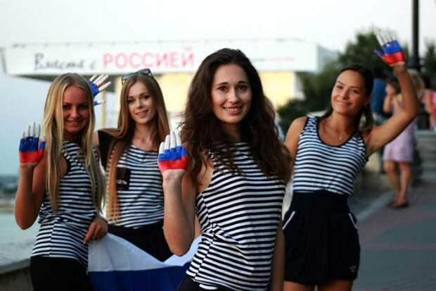 В Киеве рассказали, как крымчане в ужасе побегут по мосту в Тамань, спасаясь от бандеровцев