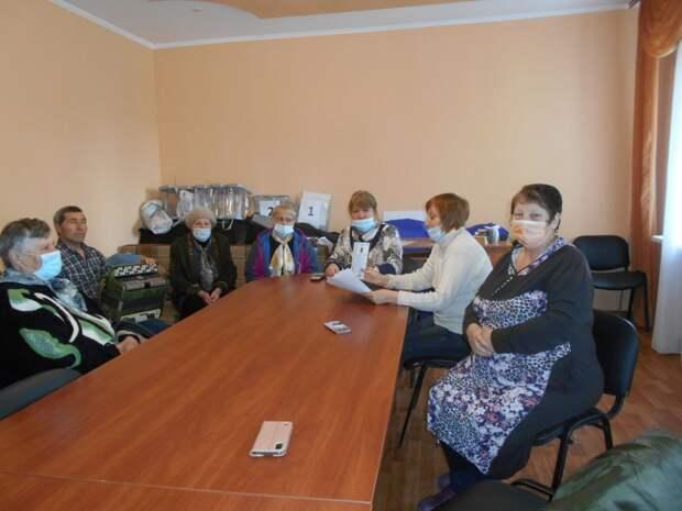 Библиотекари Симферопольского района организовали мероприятия,приуроченные ко Дню Конституции Республики Крым