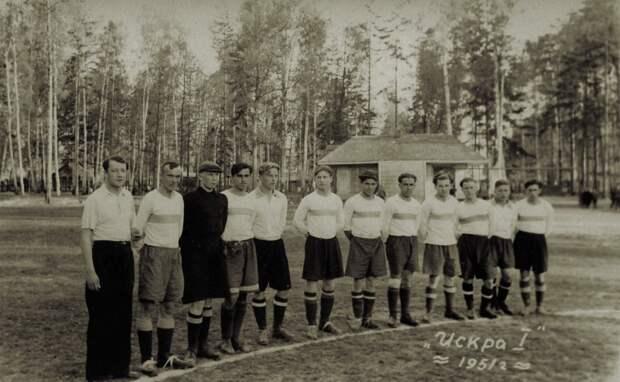 Мальчишки в старом Лианозове вместо мяча гоняли консервные банки – старожил района