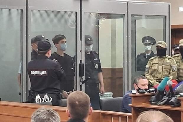 Обвиняемого в стрельбе в Казани доставили на психиатрическую экспертизу в Москву