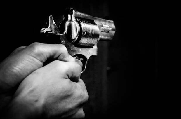 Стрелявший в девочку полицейский из Москвы получил условный срок