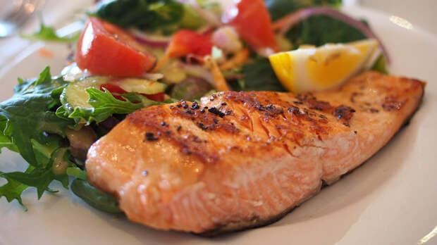 Доктор Мясников рассказал, какую рыбу опасно есть для здоровья