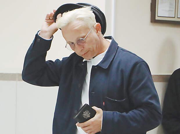 УДО для Ефремова: названы правила досрочного освобождения актера