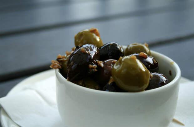 8 способов быстро и вкусно сделать еду из консервов