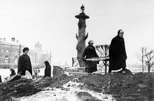 Средняя температура зимой 1942 года — 18,7 °C. <br>