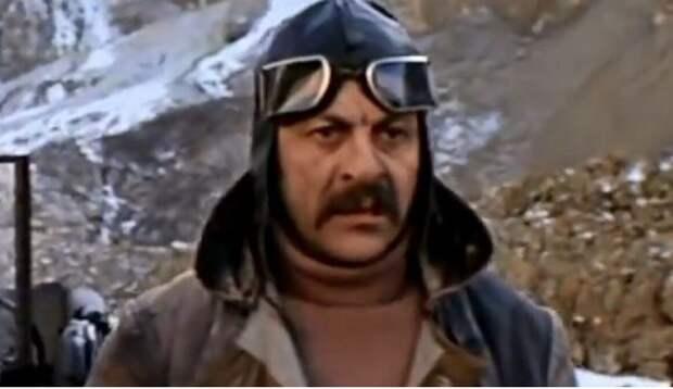 Скончался заболевший коронавирусом муж звезды фильма «Москва слезам не верит»