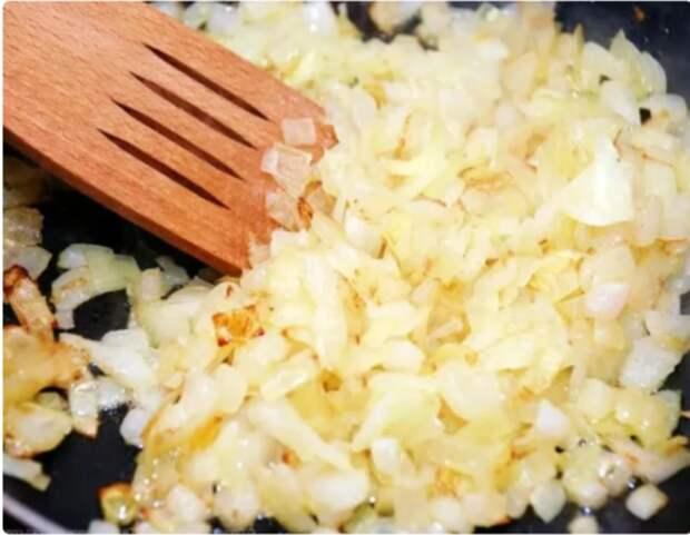Салат всего из 3-х ингредиентов, но очень вкусный и необычный