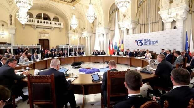"""Носович спрогнозировал возможность участия США в проекте """"Инициатива трех морей"""""""