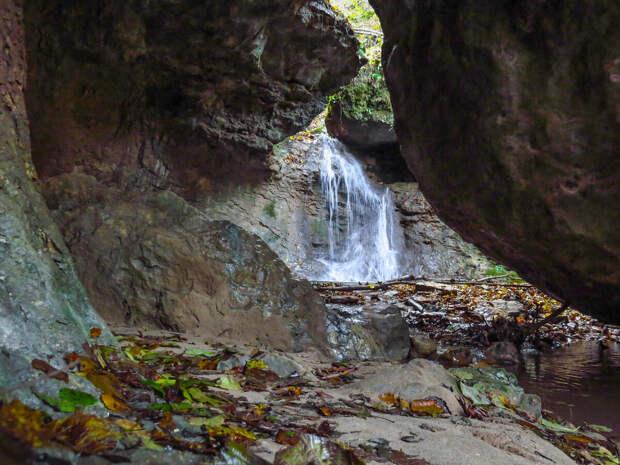 Ноябрь в водопадном гроте.