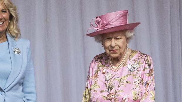 Елизавета II назвала два повода для отказа от престола