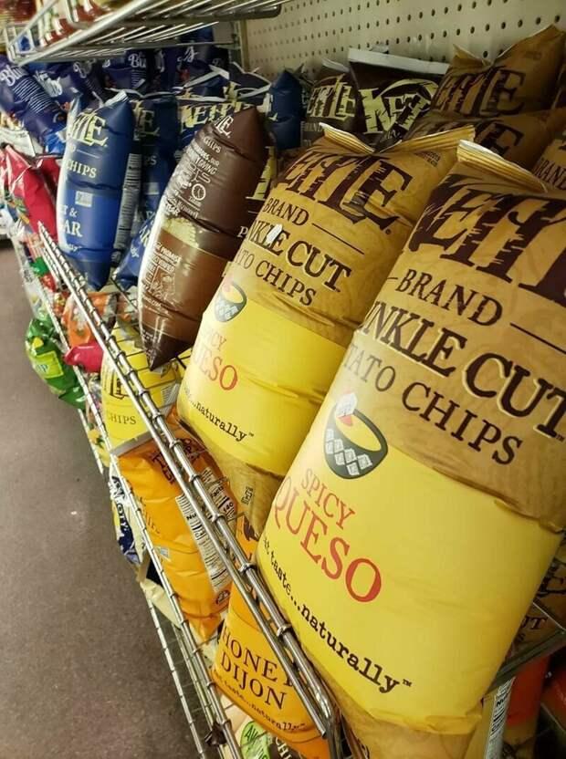Так выглядят пачки чипсов в магазине на высоте 2270 м выше уровня моря подборка, прикол, теперь вы видели больше, удивительное, юмор