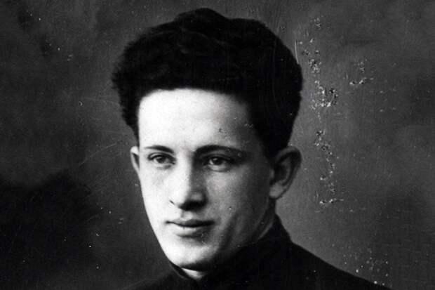 Молодой Юрий Андропов