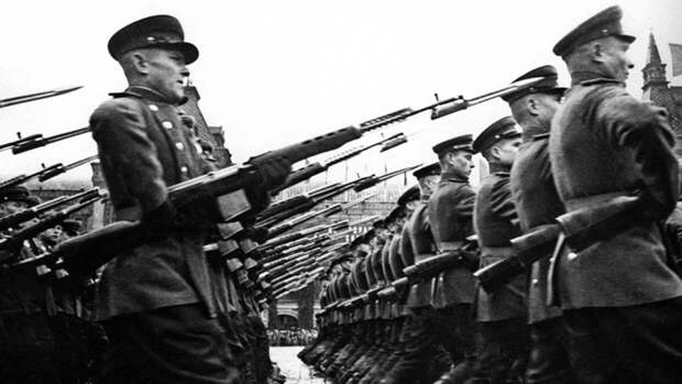 Минобороны раскрыло подвиги красноармейцев в боях под Венгрией