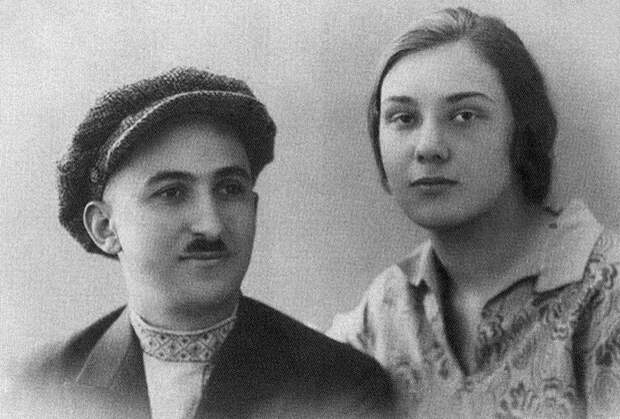 Родители Нами — Артемий (Арташес) Геурков и Ксения Поклонская