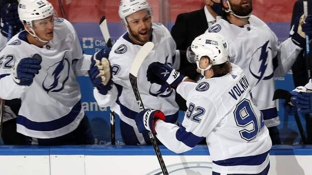 Мощный прорыв русского хоккеиста в США. Волков никогда не забивал в НХЛ, а теперь положил 3 гола за 3 дня!