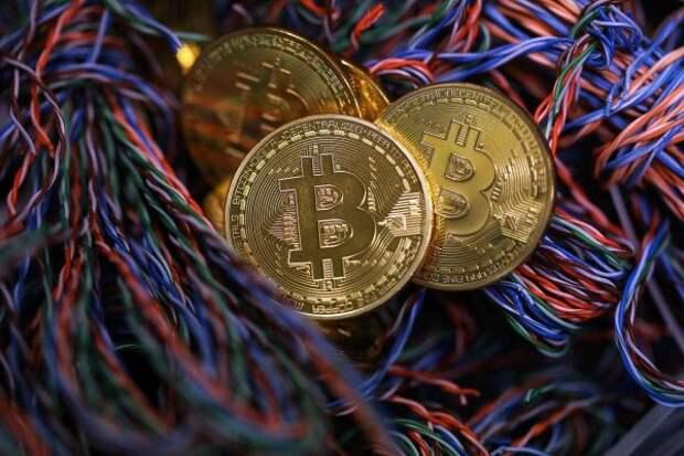 Эксперт: Криптовалюты перешли врежим повышенной осторожности