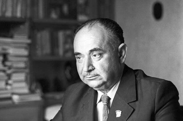 Иосиф Григулевич: почему Андропов называл его вершиной советской разведки